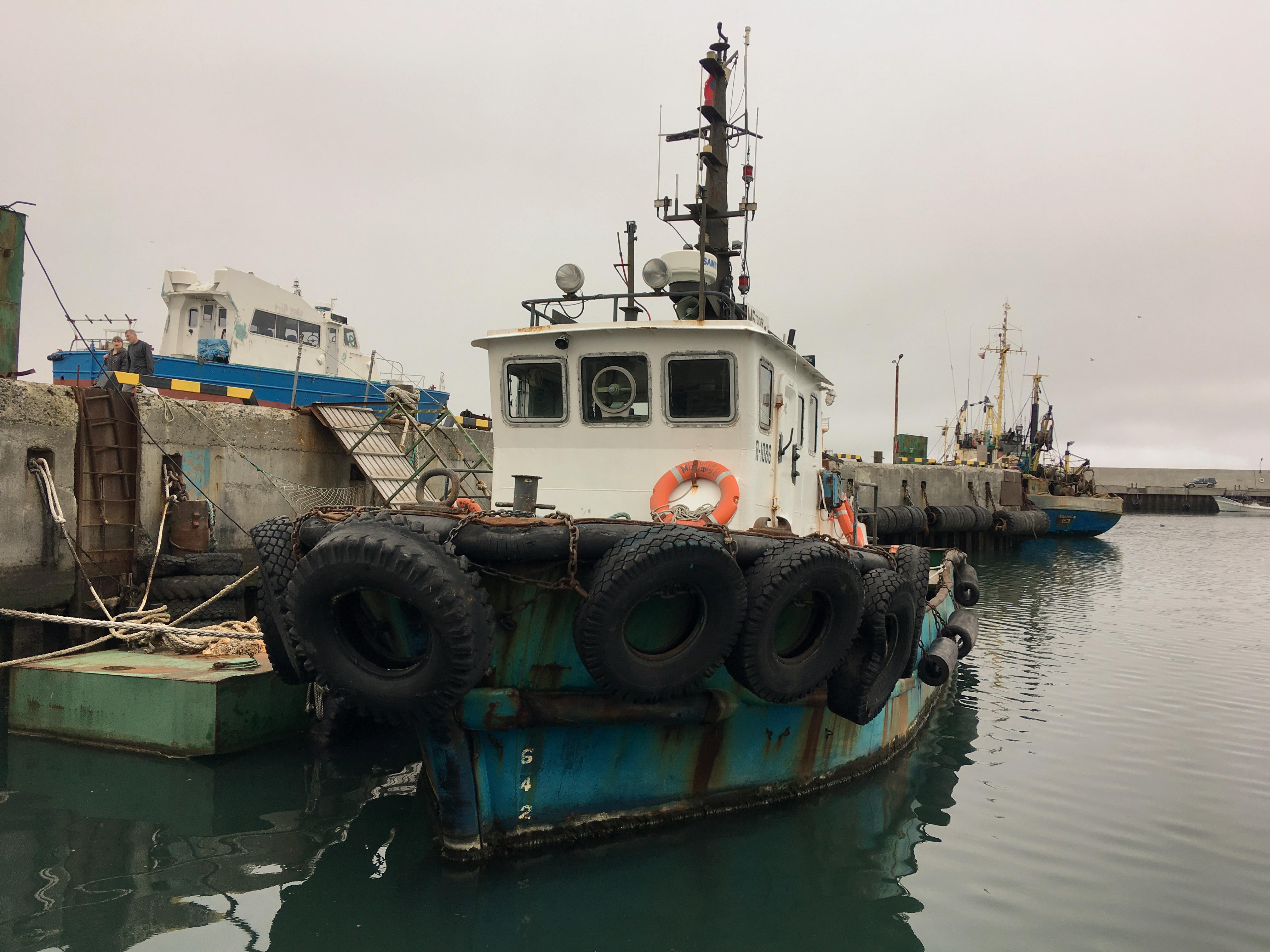 порт Северо-Курильска, корабли