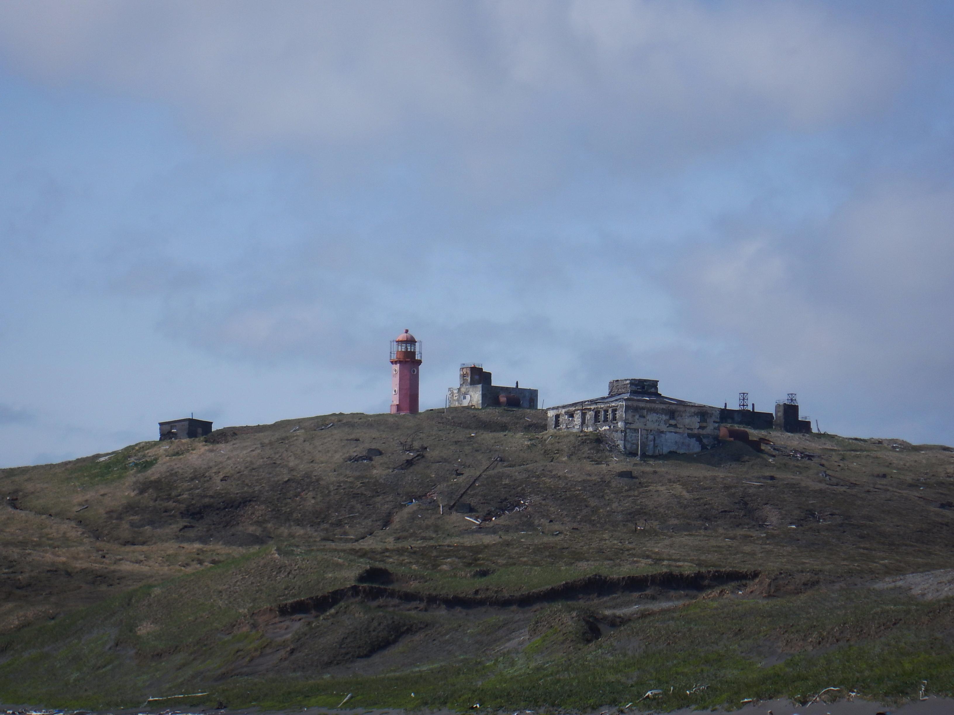 Курилы, остров Шумшу, восточный маяк