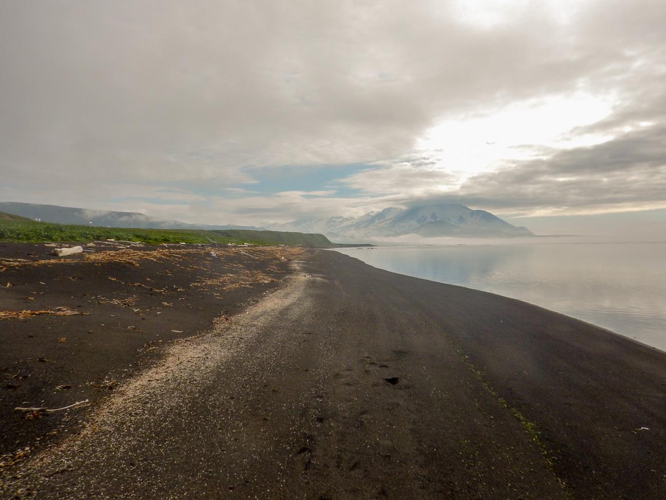 Парамушир берег Охотского моря. июль 2018