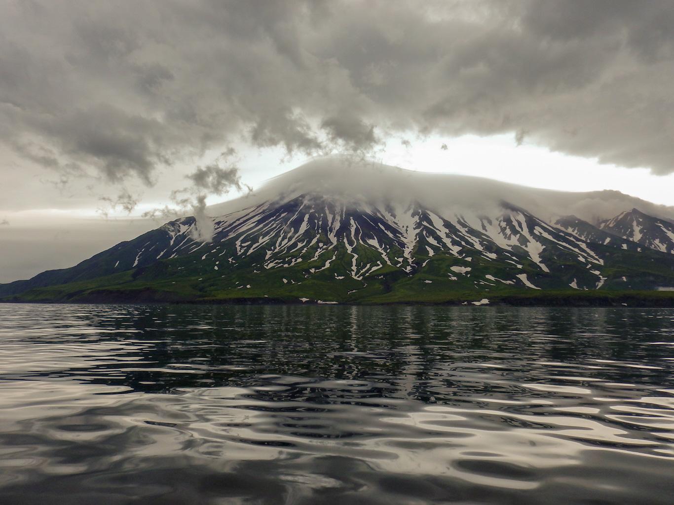 Вулкан Чикурачки, Парамушир